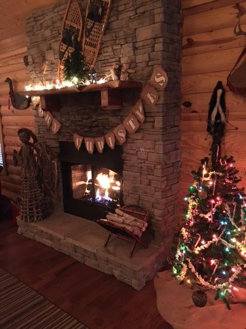 Christmas Time st Eagles Nest Cabin