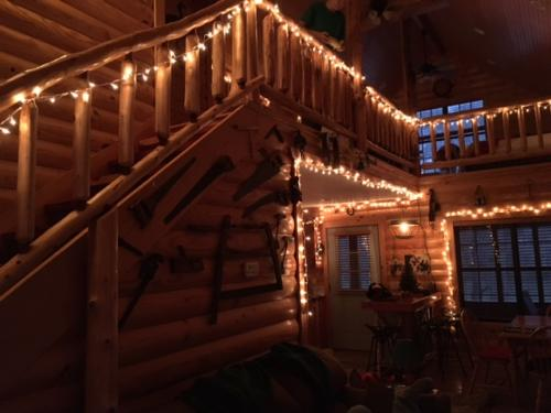 Eagles Nest Cabin at Christmas